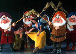 Disney on Ice - snow white and the seven dwarfs