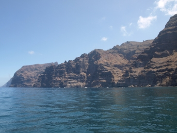 Los Gigantes cliffs