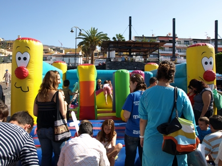bouncy-castle-trade-fair-puerto-santiago
