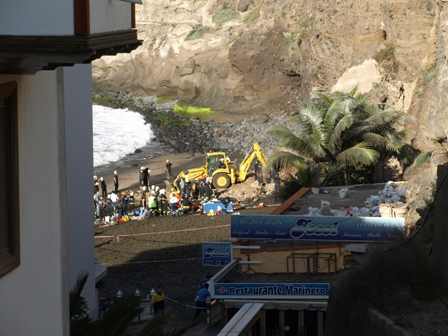Rock fall Los Gigantes Beach
